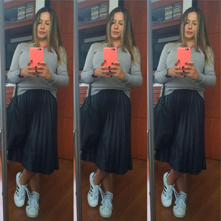Falda plisada! + Adidas