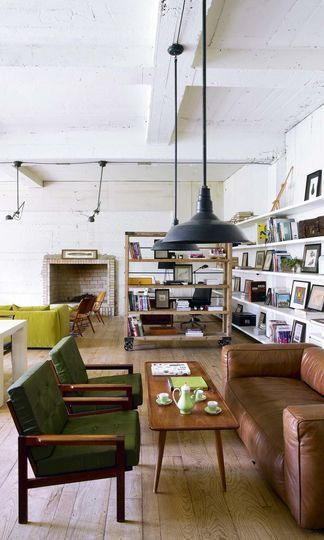 beautiful lounge / reading / coffee space