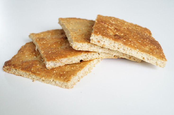 Lækkert, sødt morgenbrød med kanel - perfekt til dig, der lever efter low carb eller LCHF-principperne eller bare gerne vil have glutenfrit brød.