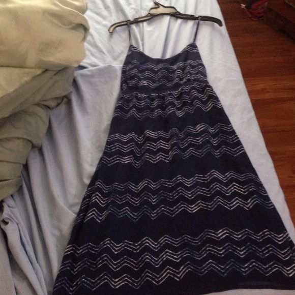 Old navy dress Navy blue with chevron dress from old navy. Only worn a few times. Very comfortable and looks great on! Old Navy Dresses