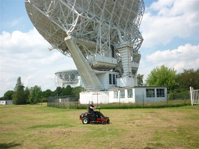 When the mowing equipment at the Jodrell Bank Observatory came up for renewal recently, Ray Cumber who is responsible for mowing equipment at the world famous radio telescope site, contacted Mike Pedler of County Power. Mike, who has been supplying grounds maintenance equipment to Jodrell Bank for many years,  recommended the Toro ZS4200 Timecutter Zero Turn mower because of its strength of build, the quality of its engineering, its performance and overall value for money.  Ray accepted his…
