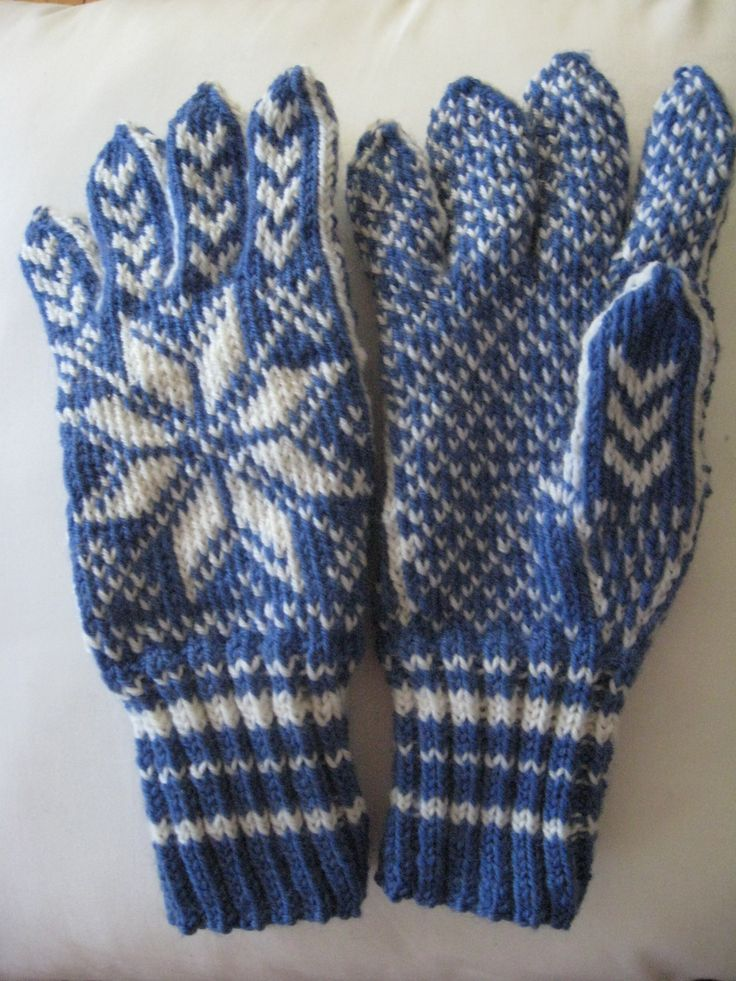 Gloves I knitted myself. Selbu, traditional norwegian, scandinavian knitt design.