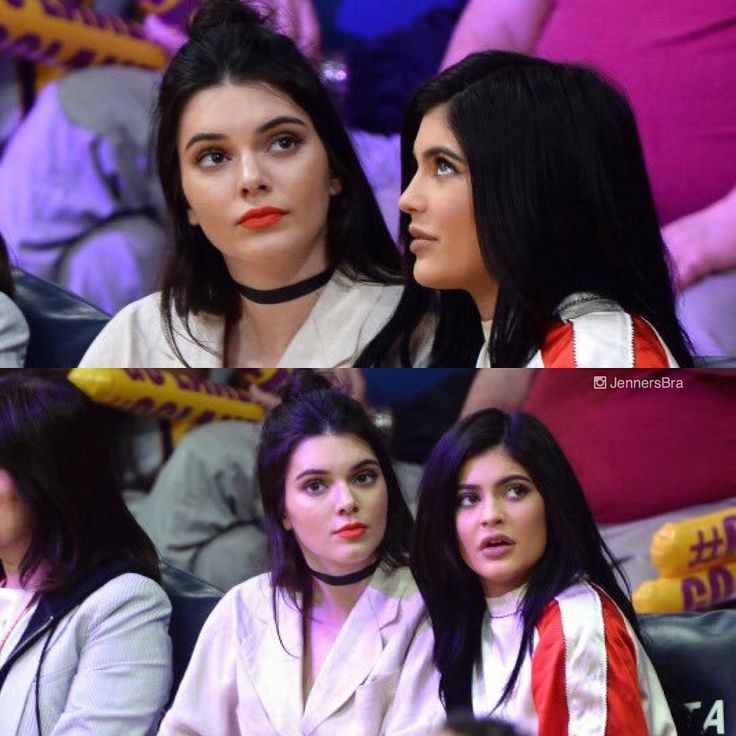 """Kendall e Kylie no jogo dos Lakers VS Kings no Staples Center em Los Angeles• 15 de Março, 2016. - Kendall and Kylie at the Lakers VS Kings game at the…"""