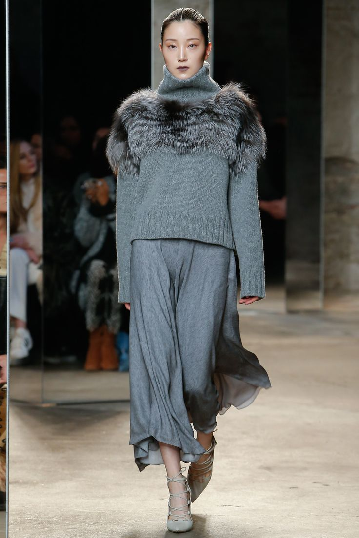 Sally LaPointe Fall 2016 Ready-to-Wear Collection Photos - Vogue...I's have to shift the position of that (faux) fur but this has distinct possibilities...