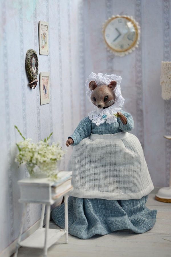 Madame Mouse Doll, miniature 1:12 by Galchi on Etsy