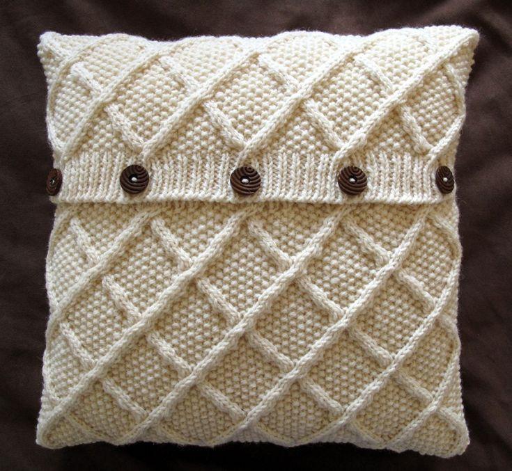 Classic Trellis Design Aran Cushion Cover - Cream.