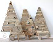 Handgemaakte houten kerstboom via Etsy.