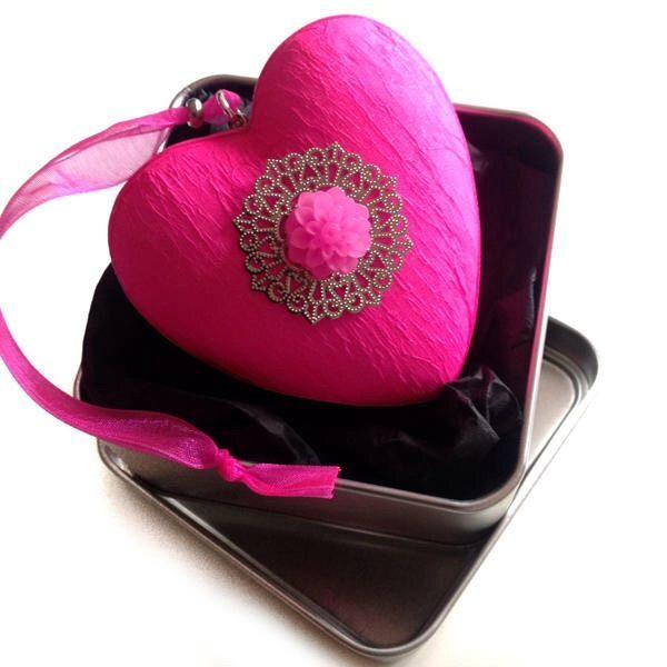 DEKORATİF KOLEKSİYON - kalp formunda dekoratif süs Zet.com'da 35 TL