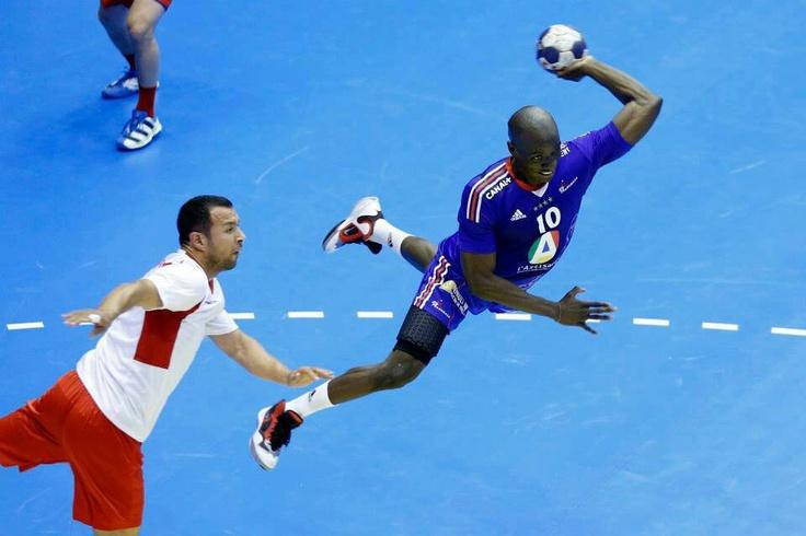 Fly with me! #france #handball #adidas #puntofuerte