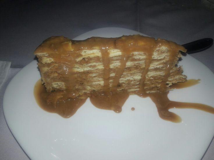 Milhojas no El Guatón Restaurante chileno em SP Brazil