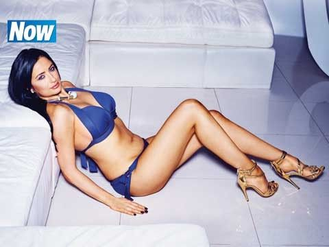 Look how amazing Chantelle Houghton looks in the latest issue of Now magazine! She lost an incredible 2 stone and went from a size 16 to a size 10. We love how she feels a renewed sense of body confidence! We thought she looked beautiful before but always celebrate people reaching their weight loss goals!