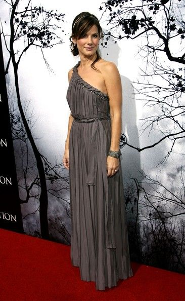 "Sandra Bullock Photos: Premiere Of TriStar Pictures' ""Premonition"" - Arrivals"