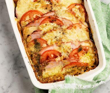 Recept: Kassler- och tomatlåda med pesto