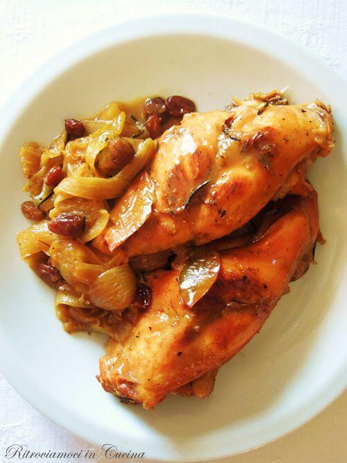 Questa ricetta è ottima per vari motivi.   Prima di tutto il risultato finale è veramente gustoso, con una carne   ambrata all'esterno, qu...