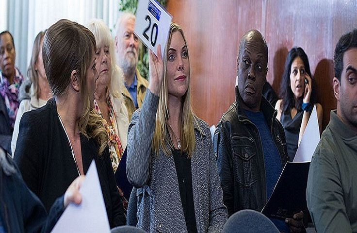 'EastEnders' Spoilers: Ronnie Mitchell's Stalker To Be Fatboy In Shocking Twist? - http://www.movienewsguide.com/eastenders-spoilers-ronnie-mitchells-stalker-fatboy-shocking-twist/192890