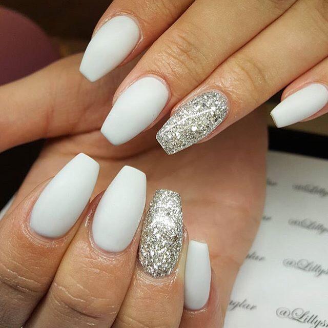 25+ beste ideen over Grey matte nails op Pinterest ...