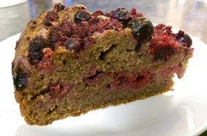 Pippa's GF, DF, RSF Berry Cake #dairyfree #sugarfree #glutenfree