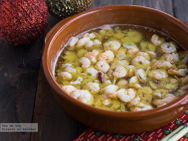 Gambas al ajillo. Receta de Navidad http://www.directoalpaladar.com/recetas-de-pescados-y-mariscos/gambas-al-ajillo-receta-de-navidad