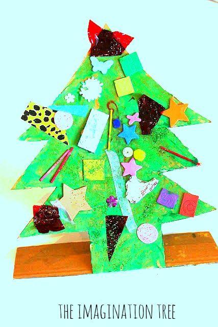 Weihnachtsbaum aus recycelten Materialien   – Christmas