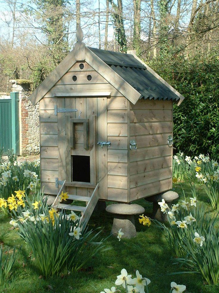 Saddle stone hen house