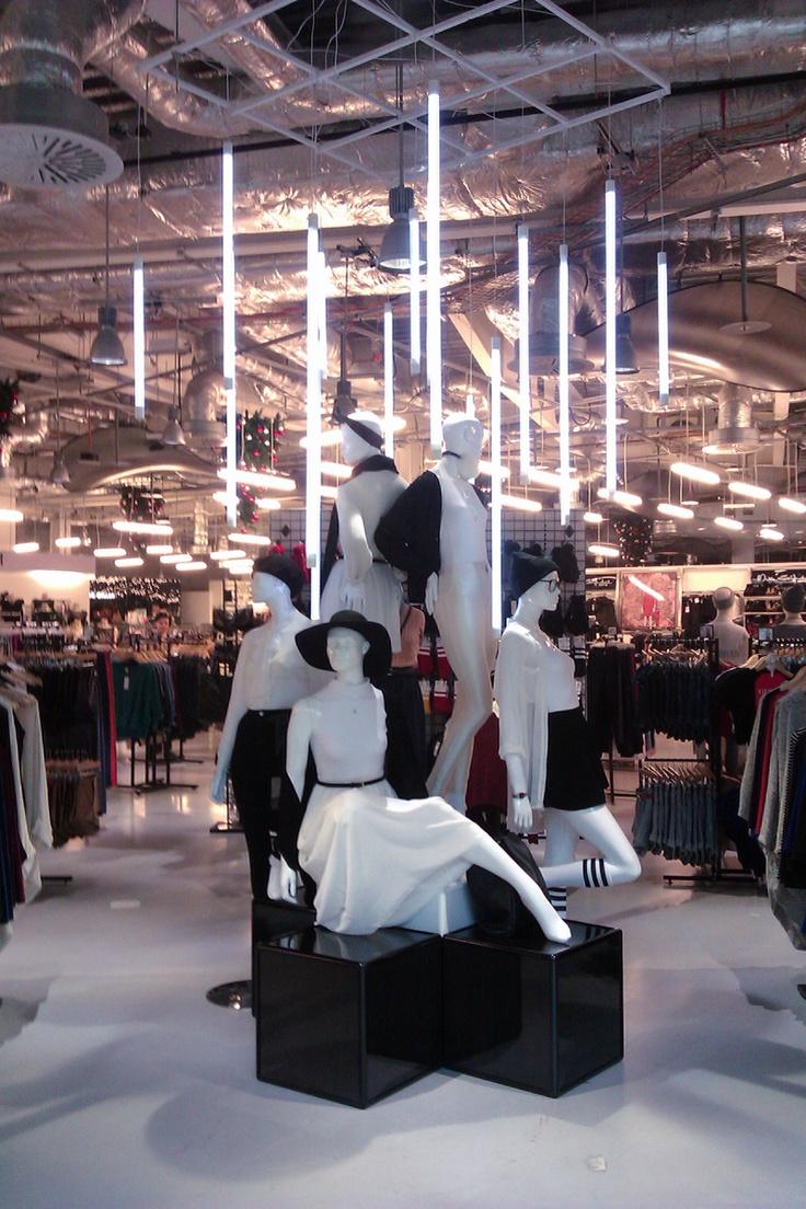 Ladies leather gloves selfridges - Black White Display In Our Selfridges Shop In Birmingham Aastores Merchandizing