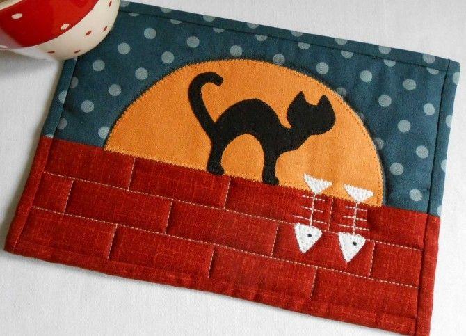 El patrón de la alfombra Mug Catlit's Moonlit Cat Mug – Payhip
