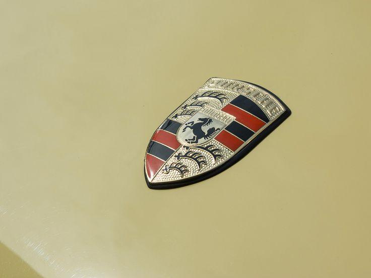Porsche crest #mashmotor #restoration #crest #champagne #porsche #911 #design #history #car #auto #porsche911 #sportcar #classic #aircooled #yellow #photo #canon #porschelife #style #sunlight #sun #luxury #luxurycars #stuttgart #wv #iol #fuel #wow @rekayereka