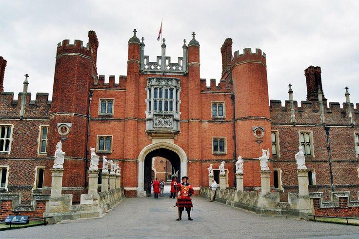 Hampton Court Palace, East Molesey, Surrey, Angleterre | Entrée du palais,