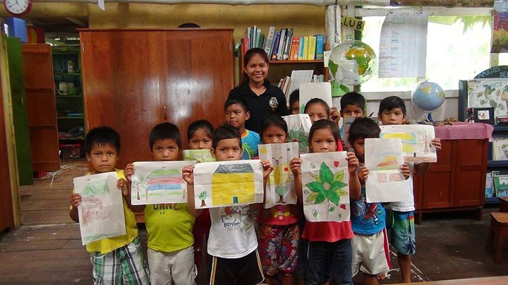 """We are delighted to welcome back Andrea Asipali for an extended visit to the CONAPAC Amazon Library during her school holidays. Many of you will remember Andrea as our first Rotary Exchange Scholar from the 2014-15 school year where she spent her time in Fremont Michigan. Andrea originally from the river community of Palmeras II is studying """"Educación y Gestión del Aprendizaje"""" to become a primary school teacher at UPC (Universidad Peruana de Ciencias Aplicadas) in Lima. She started in 2016…"""