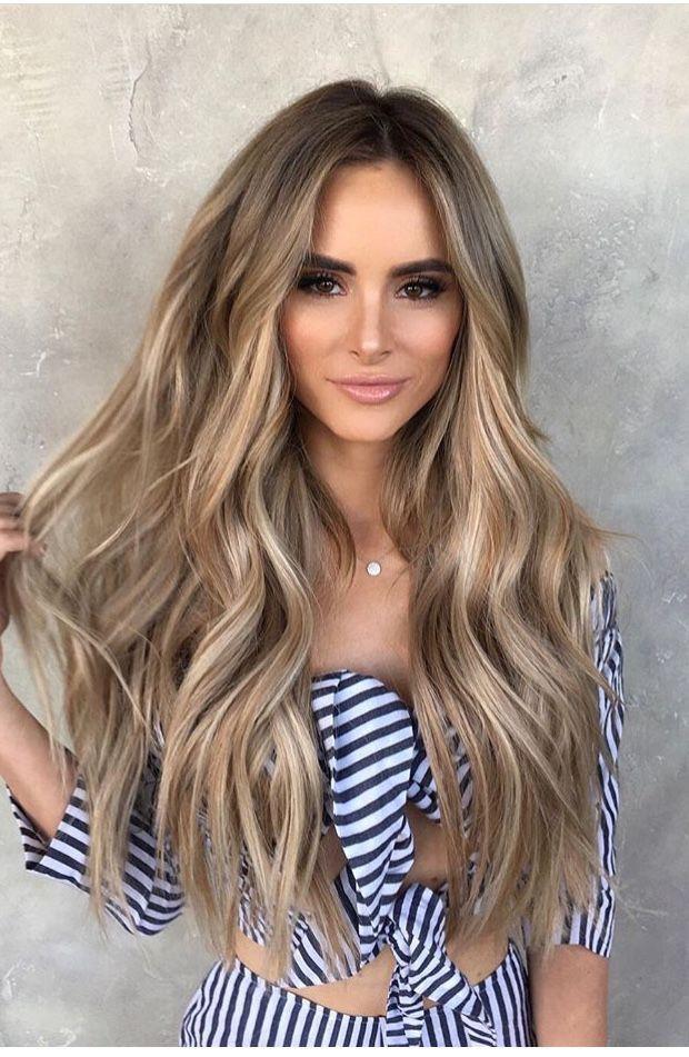 Pin Von Ashley Shirley Auf Mane Attraction Blonde Gewellte Haare