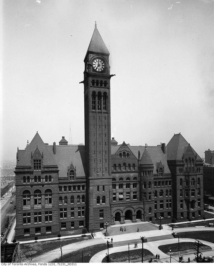 Throwback Thursday! Old City Hall circa 1901. Pic courtesy of Toronto Archives