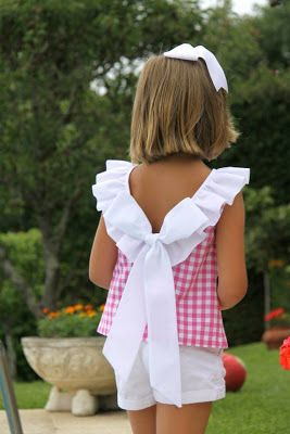this ruffled top and matching shorts would look amazing on my granddaughter