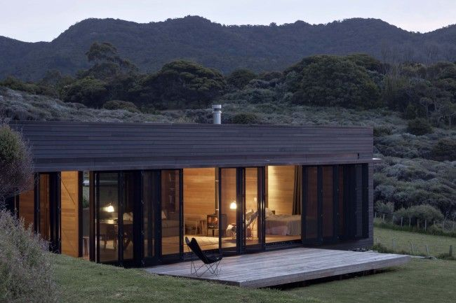 The oh so beautiful Storm Cottage - pin more at http://www.designhunter.net/storm-cottage-retreat-nz-wilderness/  #architecture #sustainable
