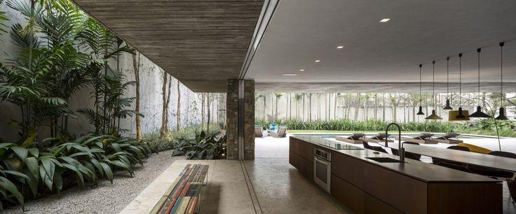 Galeria de Casa dos Ipês / StudioMK27 - Marcio Kogan + Lair Reis - 19