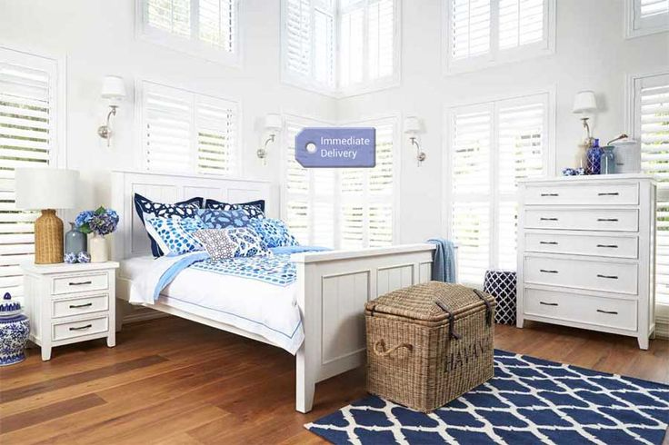 Windsor Queen Size Timber Bed | Bedshed