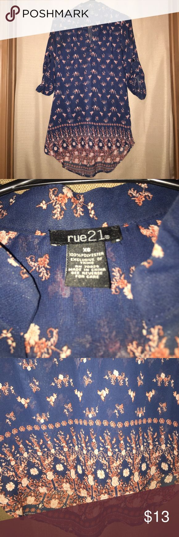 Rue 21 floral print tunic 100% polyester, great to pair with leggings. Worn once, in excellent condition. Rue 21 Tops Tunics