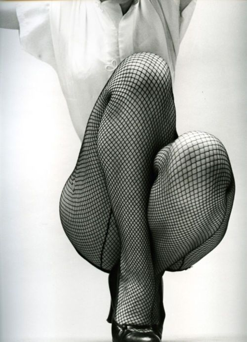 .Fishnet, Desnud Sensual, Sensual Photography, Fernand Fonssagrives, Legs, Photography Fashion, Art Femme, Old Photos, Black