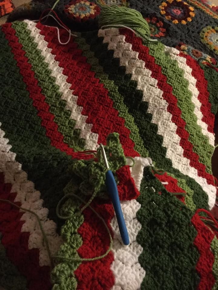 Ps I love C2C...this is the second one I've made and it was a special request from my Christmas-loving family...totally a keeper! It's just your basic corner to corner, I change colors when I feel like it, dug thru my stash to find these Christmas colors