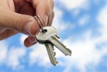 Acheter un bien immobilier dans l'objectif d'en faire une location en meublé est, sur le long terme, très rentable grâce aux déductions fiscales qui sont possibles !