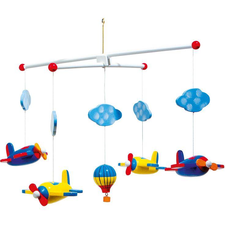 Avioanele viu colorate și balonul cu aer cald veghează desupra pătuțului copilului. Este un punct de atracție pentru amatorii de aviație, sau de ce nu, pentru viitori piloți de avion!