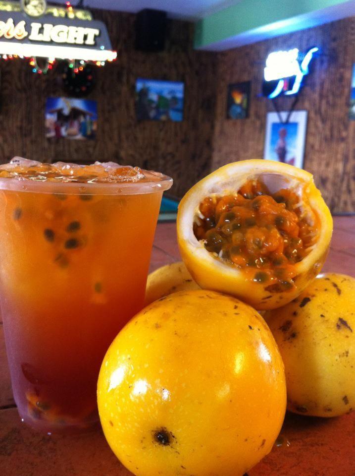 Chinola,passion fruit, fruta de la passion or parch a Dominicana