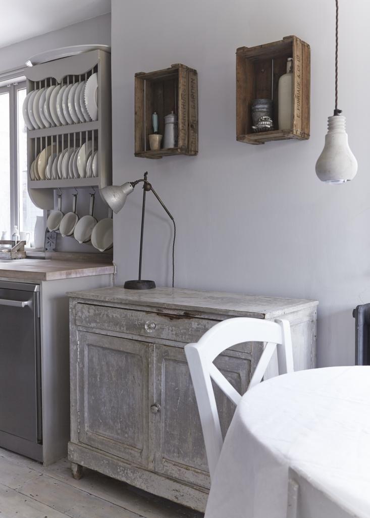 lookslikewhiteBlogRustic French Style Kitchen