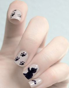 ♥ kitty cat paw prints and kitten design with soft pink polish. Love! - Nail art