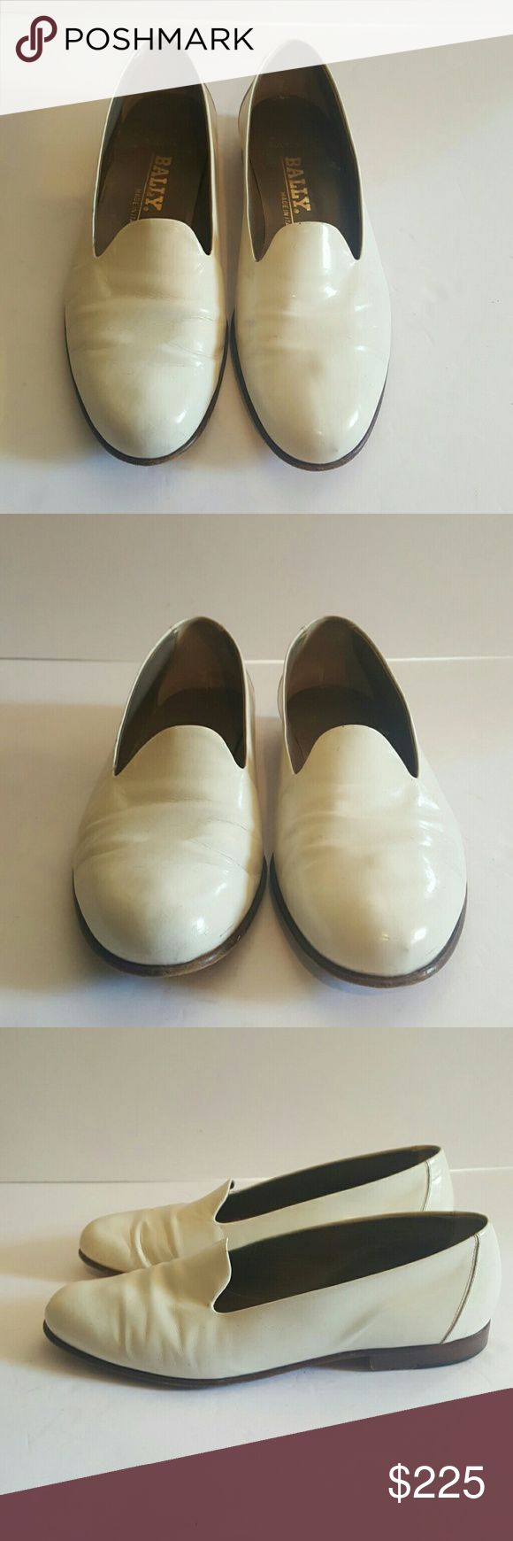 BALLY MENS 8.5 WHITE TUXEDO SHOES BALLY SULTAN MADE IN ITALY MENS 8.5 SMOKING SLIPPER OPERA SHOES DRESS SHOES WHITE LEATHER OFF WHITE EGGSHELL LOTS OF LIFE LEFT! Bally Shoes Loafers & Slip-Ons