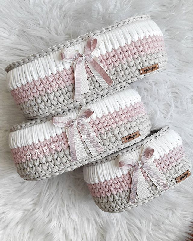 84 best trapillo images on Pinterest   Basket, Crocheted bags and ...