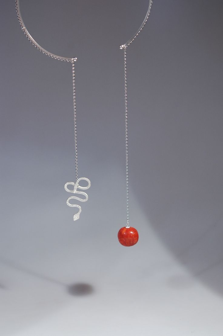 """Taboo or Not Taboo"" necklace by Roxana Hodorog - Contemporary jewelry application for Taboo Exhibition 2014"