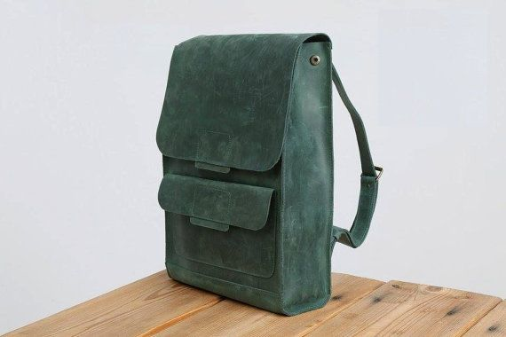 Backpack from vintage leather always looks stylish. A compact stylish bag will fit almost everyone, because its dimensions are optimal. Laconic