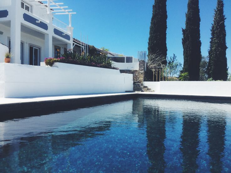 Our black pool turns blue in the sunlight #boutiquehotel #b&b #bed&breakfast #algarve #portugal
