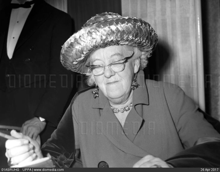 STOCK IMAGE - DAME MARGARET RUTHERFORD by www.DIOMEDIA.com