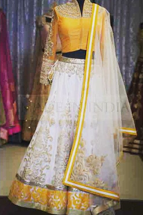 Blouse design for Saree. It can be made backless